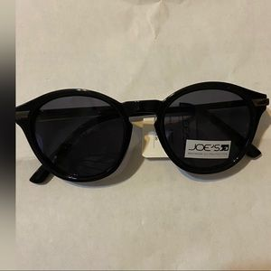 Joe's jeans shiny black, cat eye sunglasse…